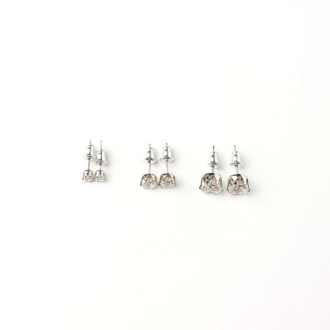 3 Paia di orecchini punto luce