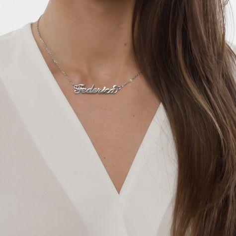 Collana con nome Federica con catenina sottile a ovali regolabile