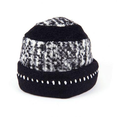 Cappello cloche in lana cotta