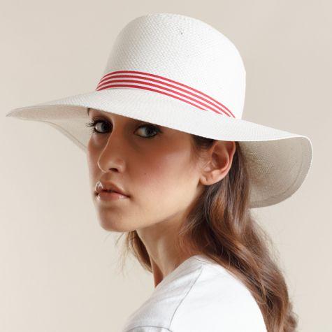 Cappello Pamela in carta color bianco con nastro rigato