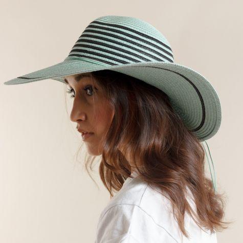 Cappello tesa larga color tiffany
