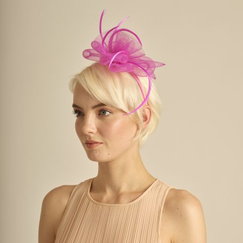 Fascinator color fucsia