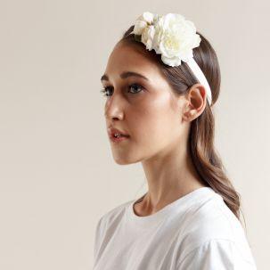Fascia elastica con fiori color bianco