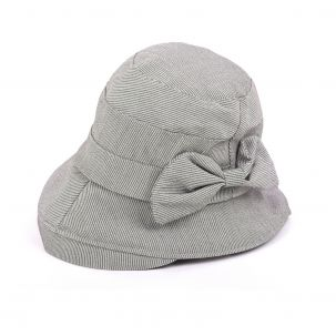 Cappello in tessuto mille righe