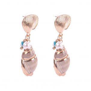 Orecchino con conchiglia, pietre dure, perle e dettagli oro